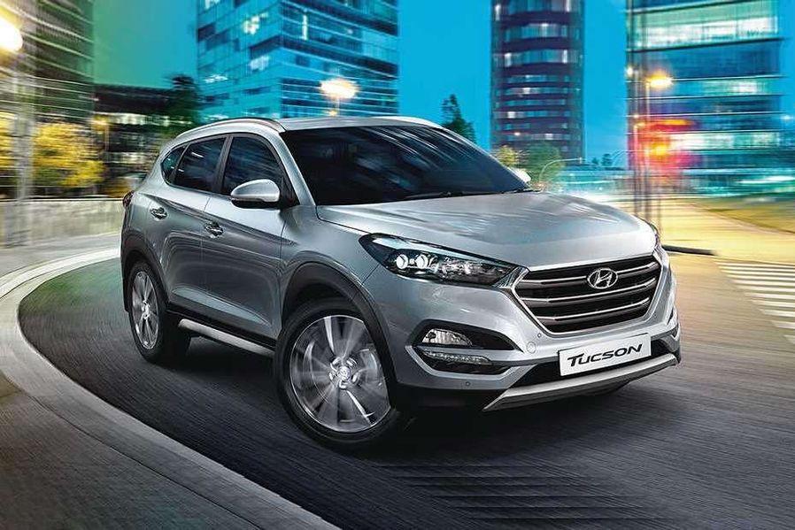 Hyundai Tucson Front Left Side Image