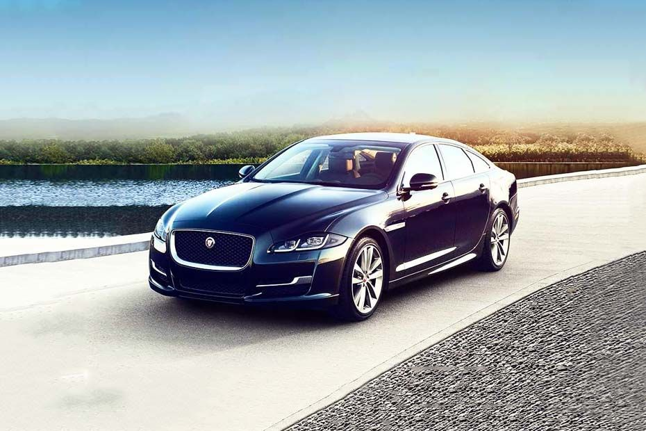 Jaguar XJ Front Left Side Image