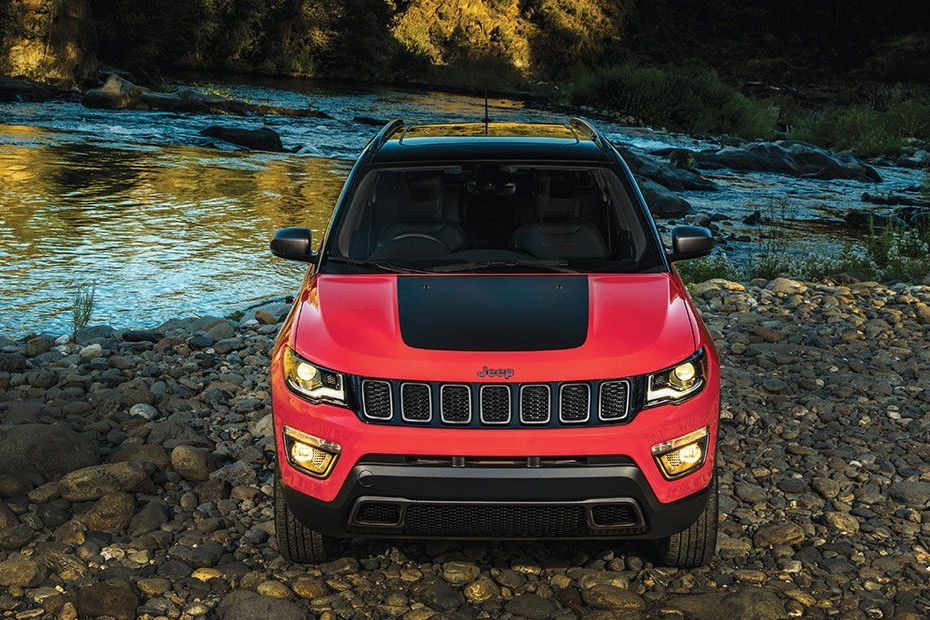 Jeep Compass Trailhawk Front View Image