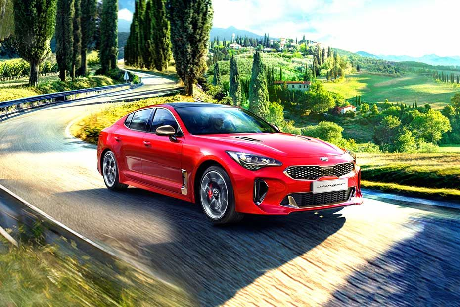 Kia Stinger Front Left Side Image