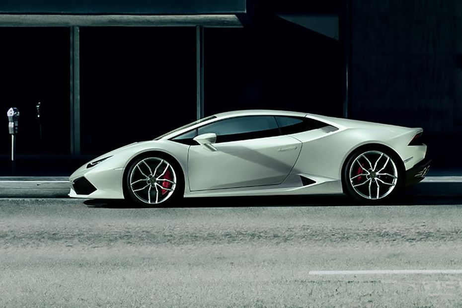 Lamborghini Huracan Side View (Left)  Image