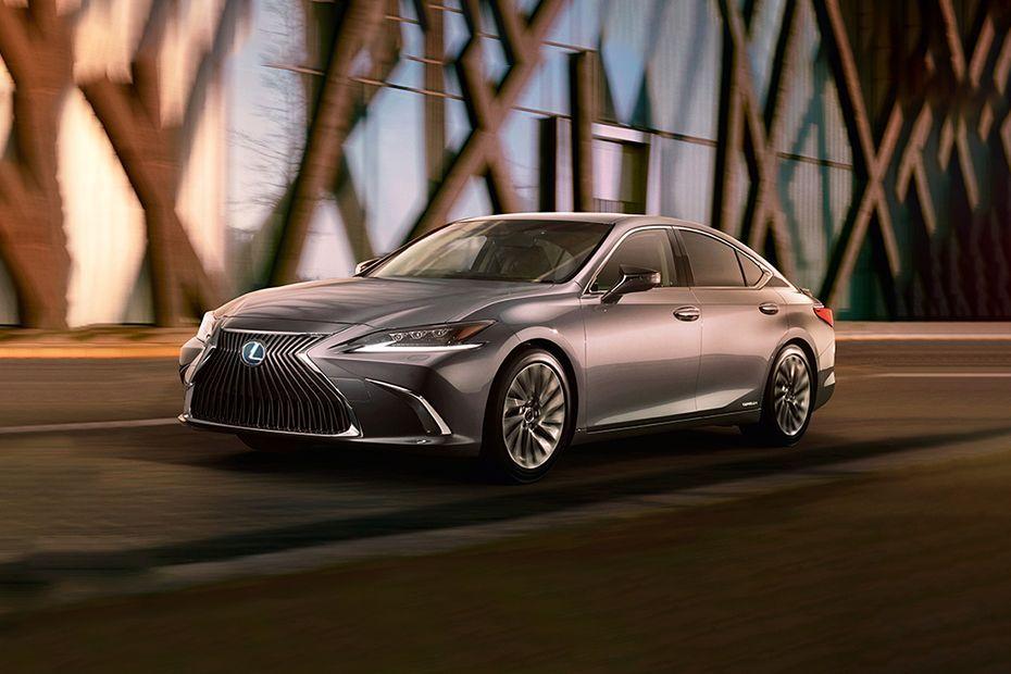 Lexus ES Front Left Side Image