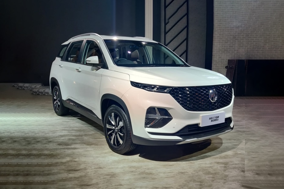MG Hector Plus Front Left Side