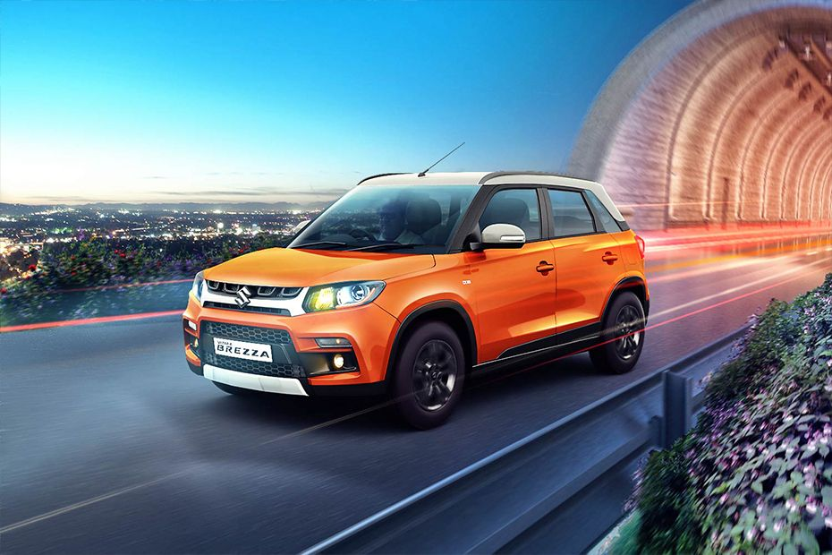 Vitara Brezza Right Side Stance