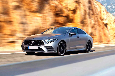 Mercedes-Benz CLS Front Left Side Image