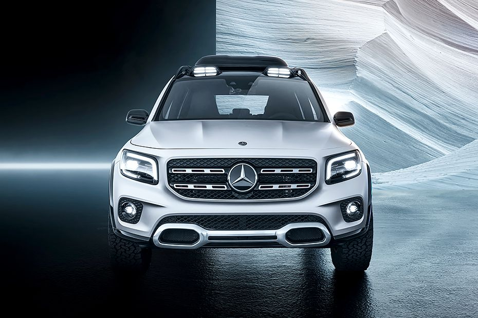 Mercedes-Benz GLB Front View Image
