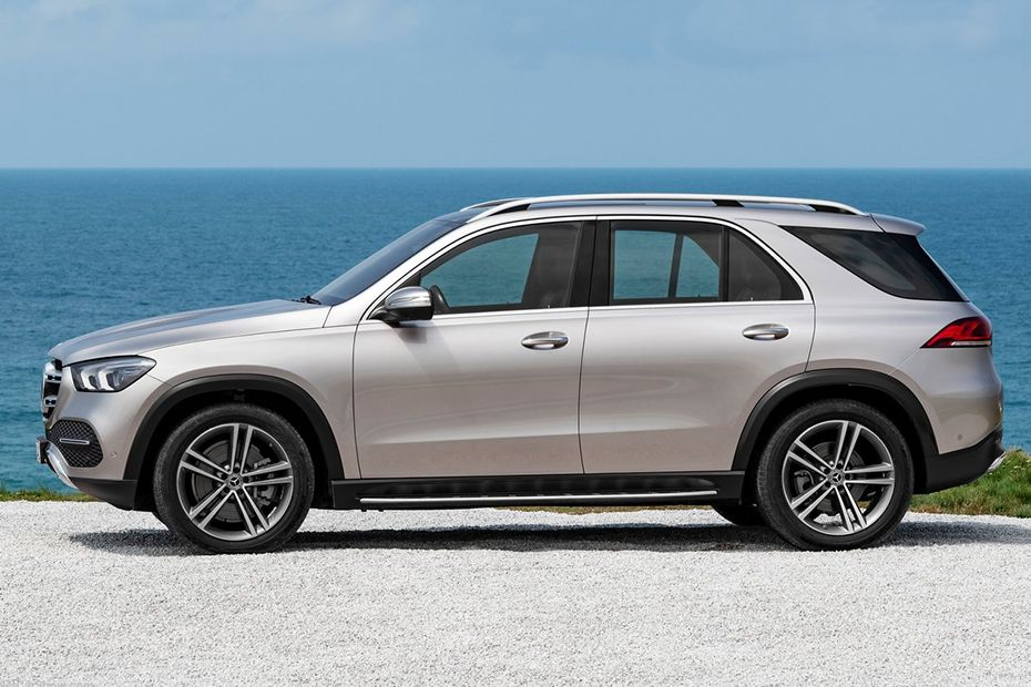 Mercedes-Benz GLE 2019 Side View (Left)  Image