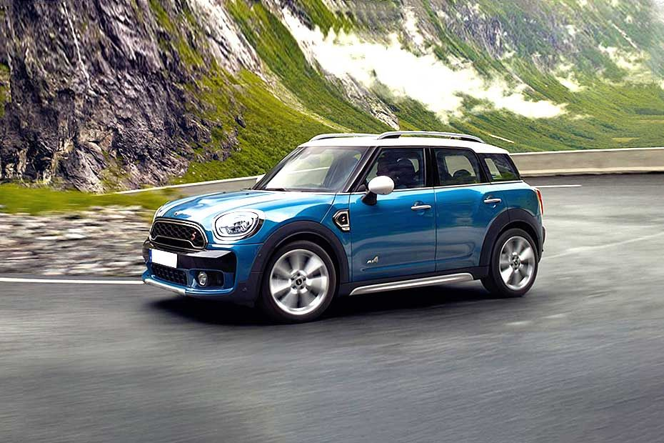Mini Countryman Front Left Side Image