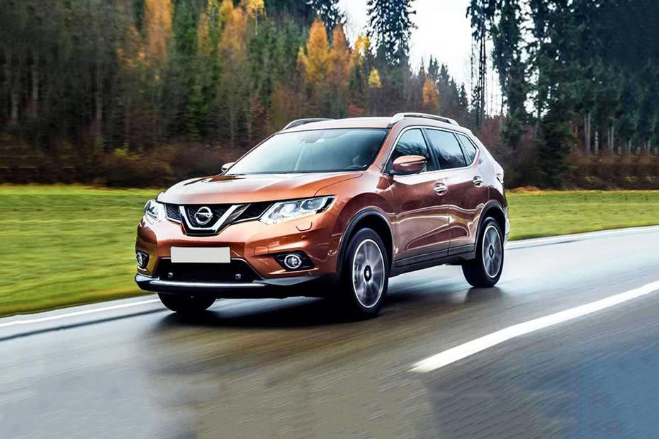 Nissan X-Trail Front Left Side Image