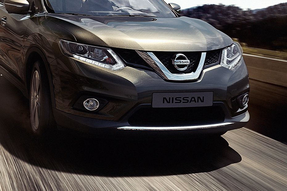 Nissan X-Trail Grille Image