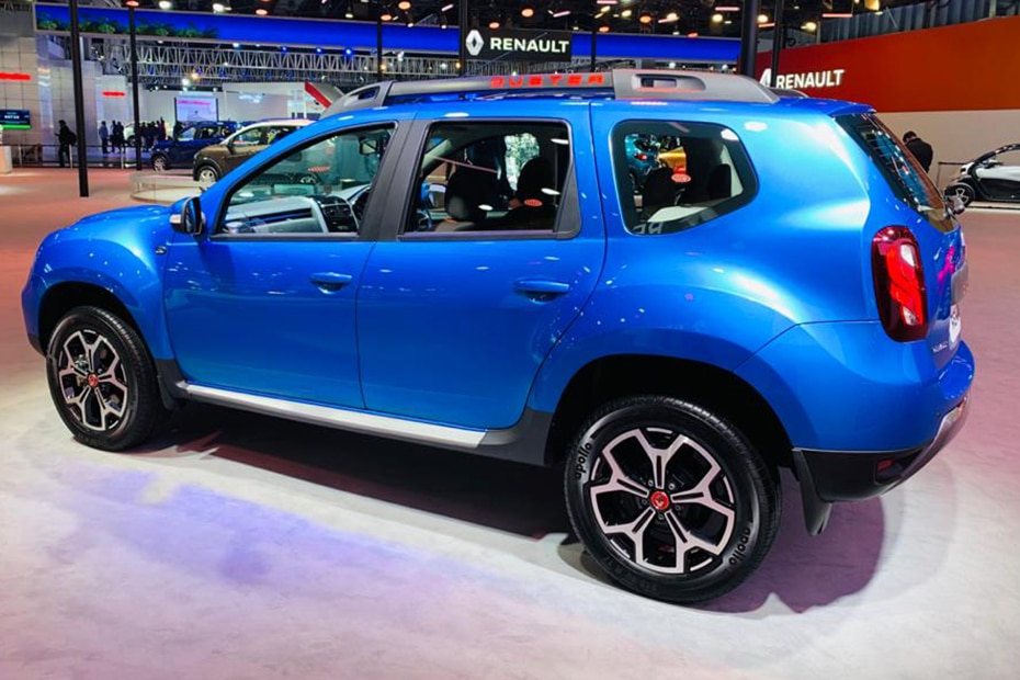 Renault Duster Turbo Rear Left View