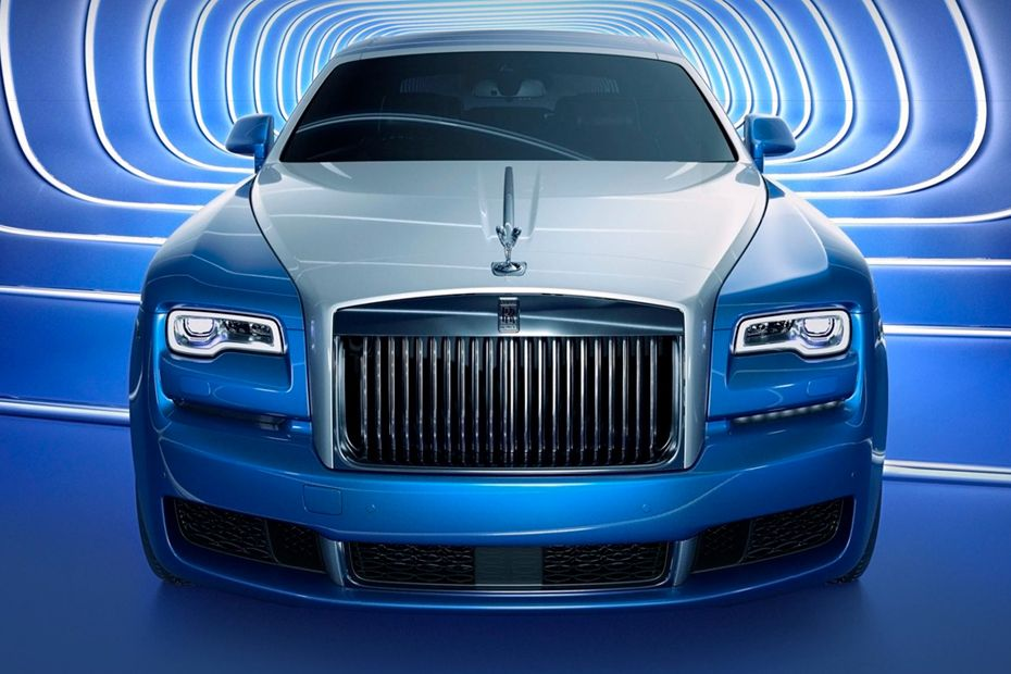 Rolls Royce Ghost Rear view Image