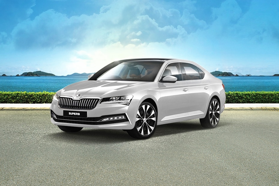 New Skoda Superb Front Left Side