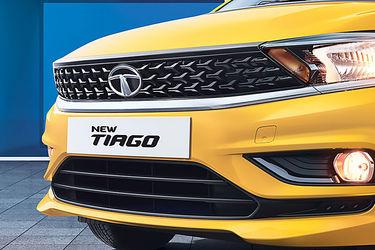 टाटा टियागो 2020 grille