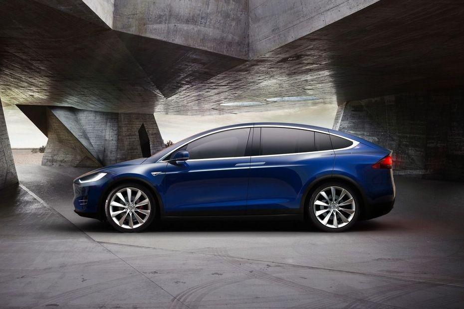 Tesla Model X Side View (Left)  Image