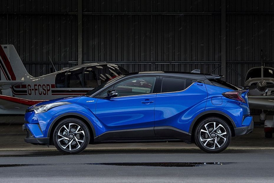 Toyota C-HR Side View (Left)  Image
