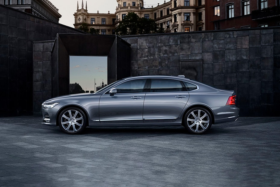 Volvo S90 Side View (Left)