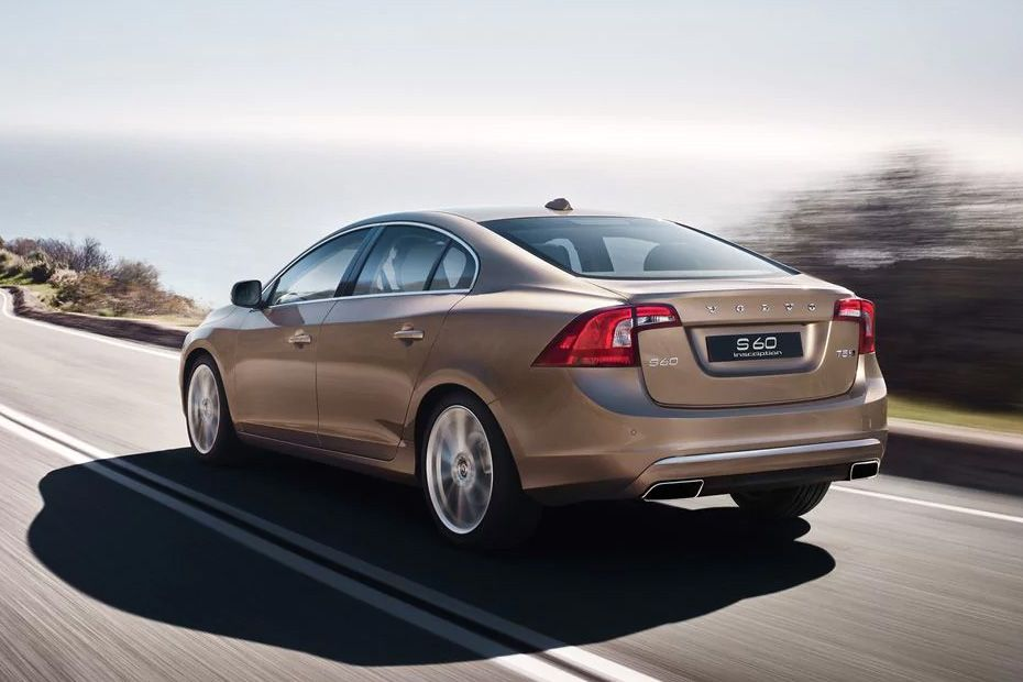 Volvo S60 2015-2020 Rear Left View Image