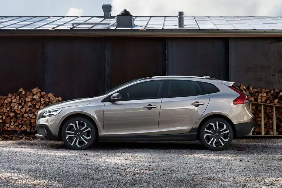 Volvo V40 Cross Country Side View (Left)  Image