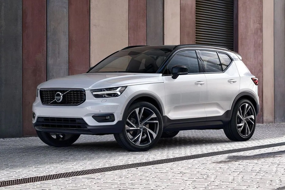 Volvo XC40 Front Left Side