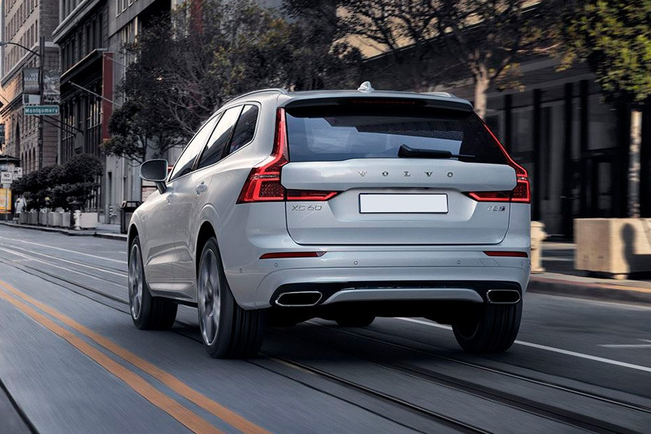 Volvo XC60 Rear Left View