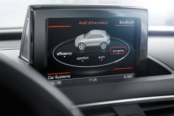 Audi Q3 Navigation or Infotainment Mid Closeup