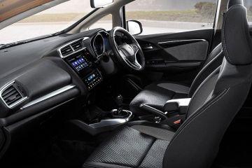 Honda WRV Front Seats (Passenger View)