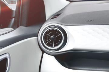 हुंडई ग्रैंड आई10 निओस Front Air Vents
