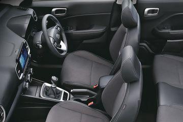 Hyundai Venue Front Seats (Passenger View)