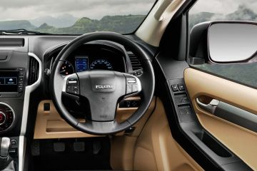 ISUZU D-MAX V-Cross Steering Wheel
