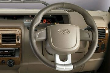 Mahindra Bolero Power Plus Steering Wheel
