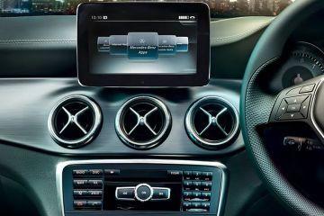 Mercedes-Benz CLA Front Air Vents