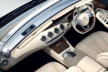 Mercedes-Benz S-Class Cabriolet DashBoard