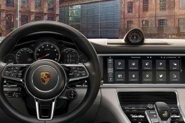 Porsche Panamera Navigation or Infotainment Mid Closeup