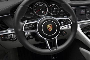 పోర్స్చే పనేమేరా Steering Wheel
