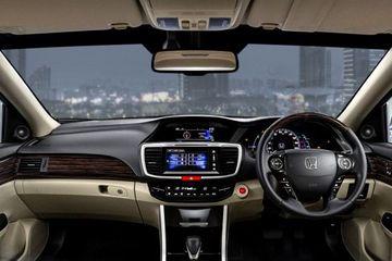 Honda Accord Price In India >> Honda Accord Price Images Review Specs