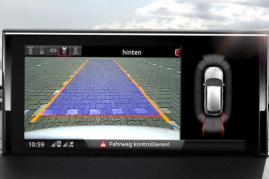 Audi Q7 Rear View Camera