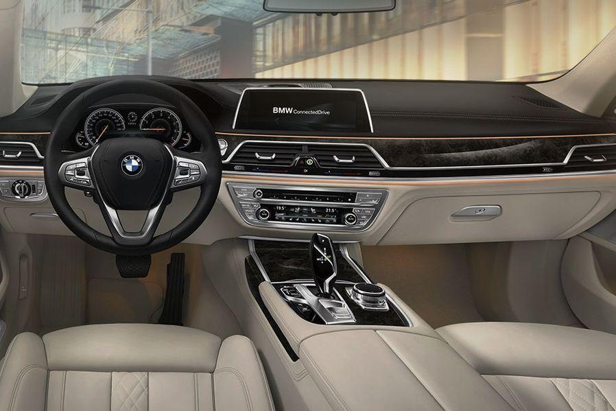 BMW 7 Series DashBoard Image