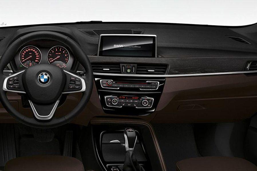 BMW X1 DashBoard Image
