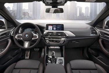 BMW X4 DashBoard Image