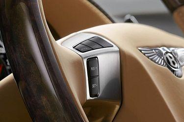 Bentley Flying Spur Steering Controls Image