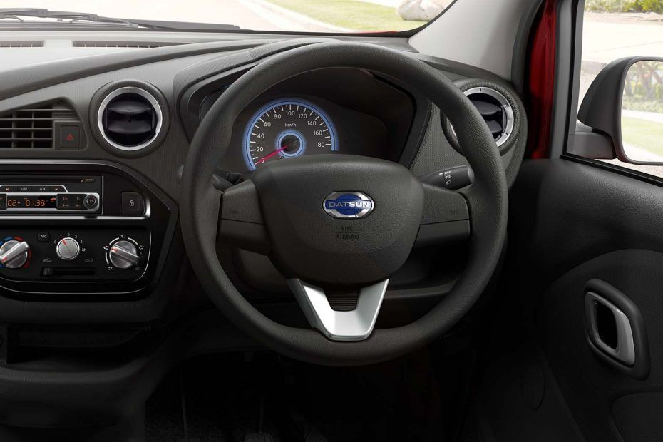 Datsun redi-GO Stylish 3-Spoke Steering Wheel