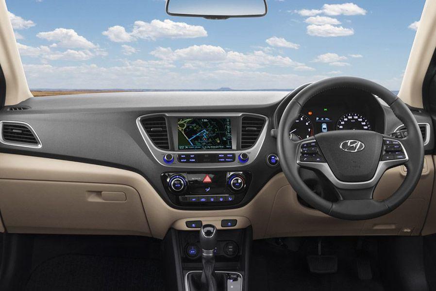 Hyundai Verna Beautiful Dual-Tone Dashboard