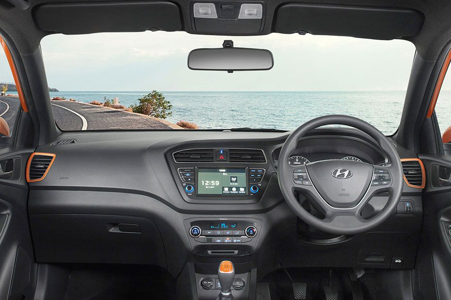 Hyundai Elite i20 Cabin Black and Dual Tone Option