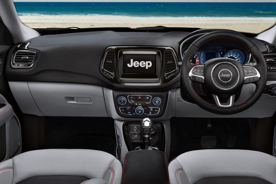 Jeep compass images compass interior exterior photos - 2016 jeep compass interior lights ...