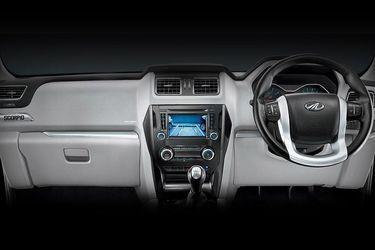Mahindra Scorpio Dual-Tone Dashboard
