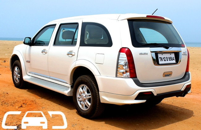Isuzu MU 7 Road Test Images
