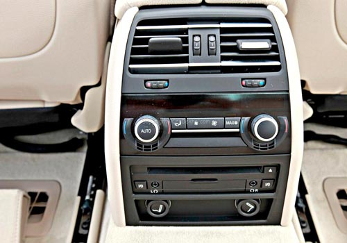 BMW 7 Series 730Ld – In the Lap of Luxury | CarDekho com