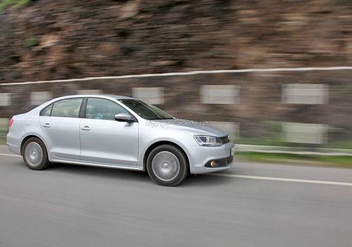New Volkswagen Jetta 2 0 CRDI Diesel | CarDekho com