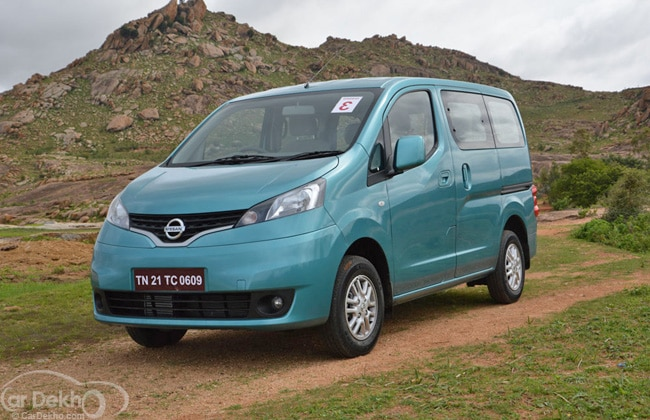 Nissan Evalia Road Test Images